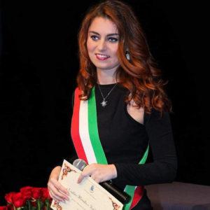 Susanna Ceccardi durante il suo mandato come Sindaco di Cascina